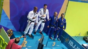 Michailesco Champion Europe IBJJF 2016